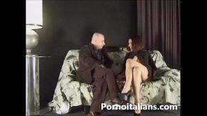Porno italiano – il pompino al fotografo