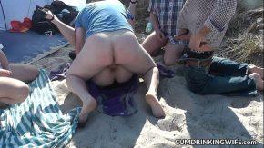69 porno virgine o fute in grup pe plaja in nisip