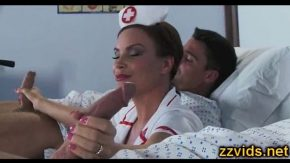 Filme porno cu o asistenta ce se fute cu doi pacienti xxl