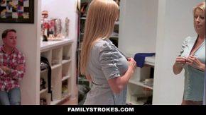 Blonda se cearta cu sotu ei cand ajunge acasa dar de la cearta se excita si se fut jos pe masina de spalat o fute tatuatu pana o rupe in pizda