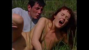 Film porno la tara cu fiul ce isi fute mama in gura xxx la iarba verde