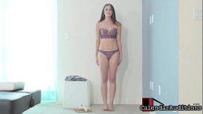 Bruneta xxx face un video porno cu un barbat tare in pula ca un armasar