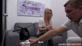 Xxx la casting cu o blonda da proba de sex filme xxx vorbite in romana