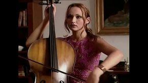 Filme xxx romanesti cu amatori canta la vioara si dupa face dragoste