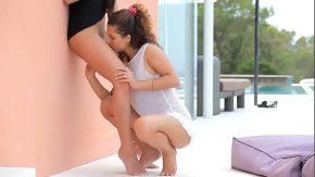 Doua lezbience se incind de la atata lins in pizda