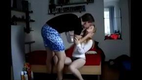 Scene de masturbare in cuplu xxx o forteaza sa suga pula