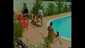 Filme porno romanesti mai vechi cu actrite porno xxx